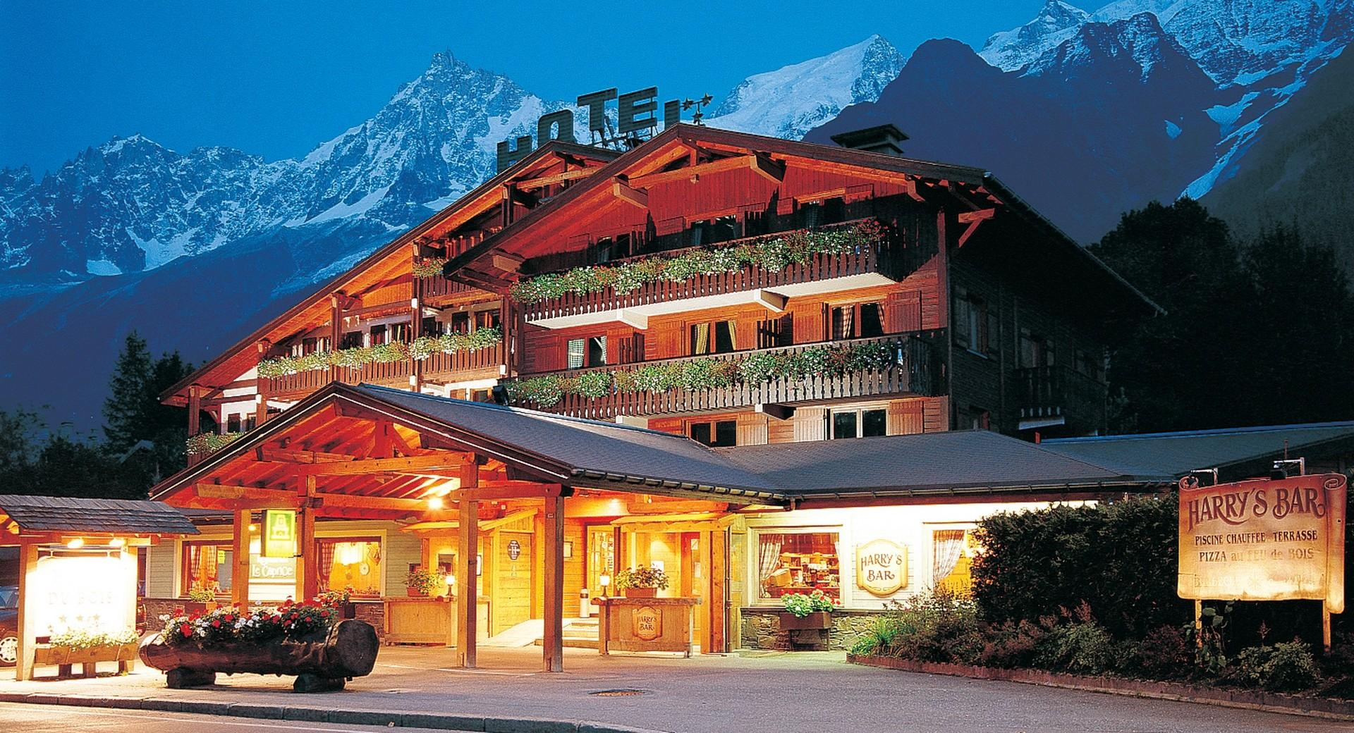 Hostel chamonix valley hotel du bois in les houches - Chalet en bois swan valley ...